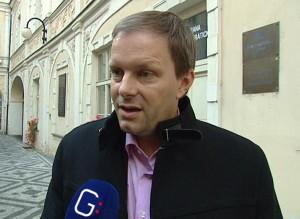 Po nálehání poskytl ministr Chládek Gilotině některé informace