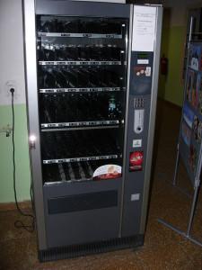 Automat zeje prázdnotou